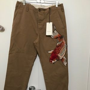 Gucci chinos !!!!!Firm